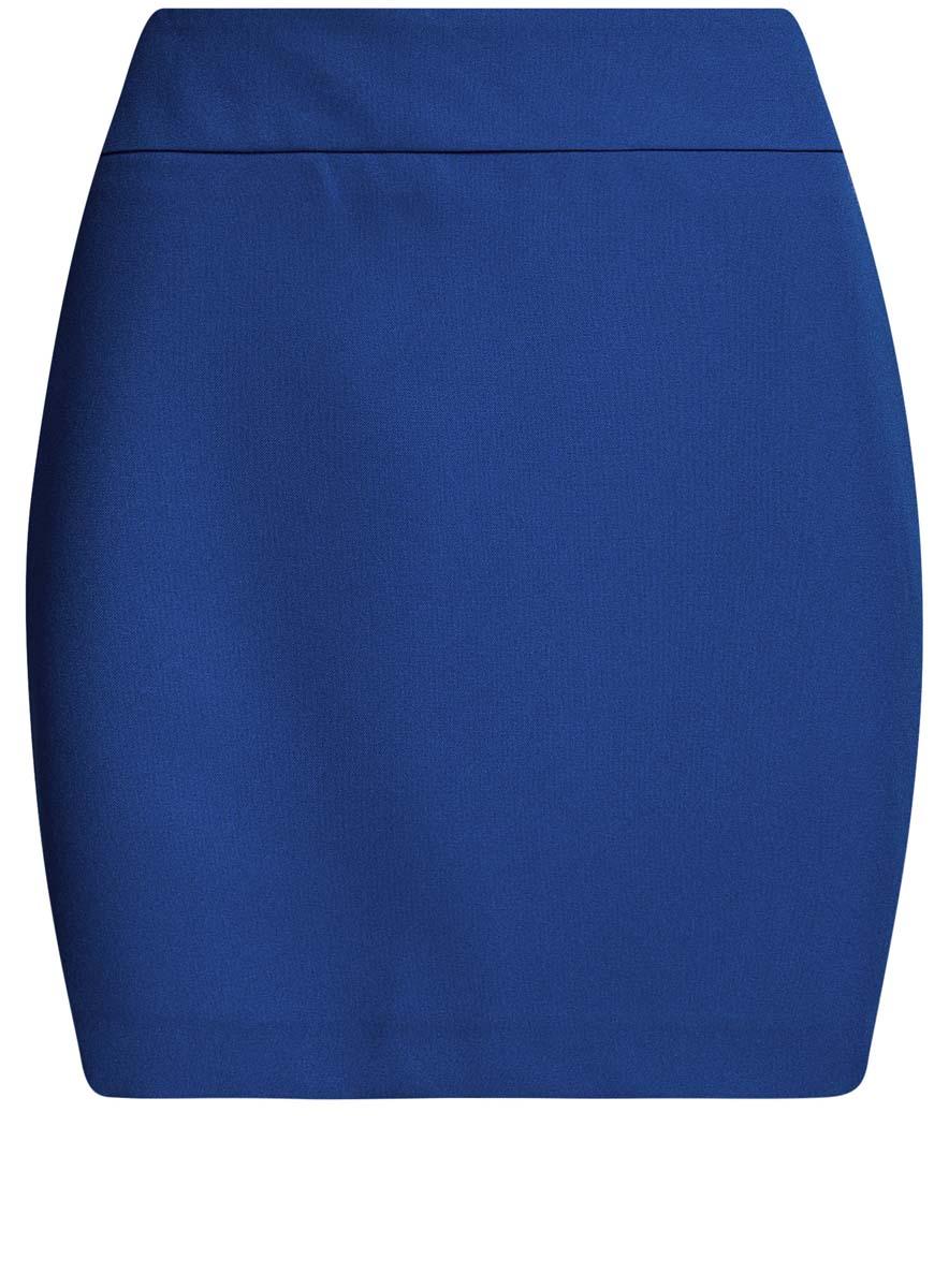 Юбка oodji Ultra, цвет: синий. 11600399-1B/14917/7500N. Размер 40-170 (46-170)11600399-1B/14917/7500NЮбка oodji Ultra выполнена из 100% полиэстера и имеет гладкий непрозрачный подъюбник. Юбка-мини облегающей посадки и классического кроя застегивается на потайную застежку-молнию сзади. Однотонная модель имеет пришивной пояс и шлицу.