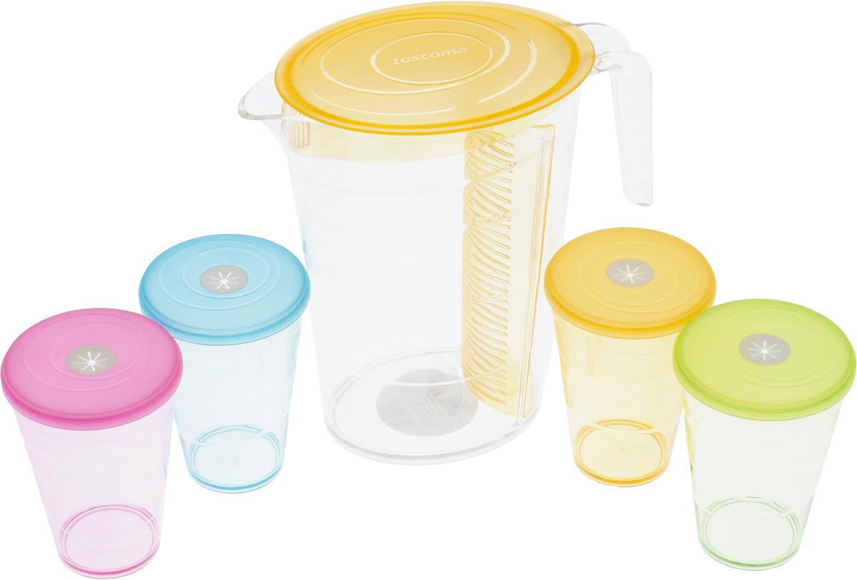 Набор питьевой Tescoma My Drink, цвет: оранжевый, 9 предметов308802.17Набор питьевой Tescoma My Drink - великолепное решение для летних прохладительных напитков! Набор состоит из кувшина и 4 стаканов и 4 крышками с гибким отверстием для соломинки. Для изготовления кувшина и стаканов используется первоклассный нетоксичный пластик, пригодный для долгосрочного контакта с пищевыми продуктами и не содержащий химических добавок.Кувшин оснащен специальной перегородкой для фруктов и листьев мяты, которая позволяет не допускать смешивания с основной жидкостью в кувшине. Это избавит вас от дополнительной фильтрации лимонада. Перегородку удобно снимать и чистить.Можно мыть в посудомоечной машине на щадящих программах, выдерживает температуру до 60°С.Размер кувшина (по верхнему краю): 12 х 18 см.Высота кувшина: 23 см.Объем кувшина: 2,5 л.Диаметр стакана (по верхнему краю): 8,5 см.Высота стакана: 12 см.Объем стакана: 400 мл.