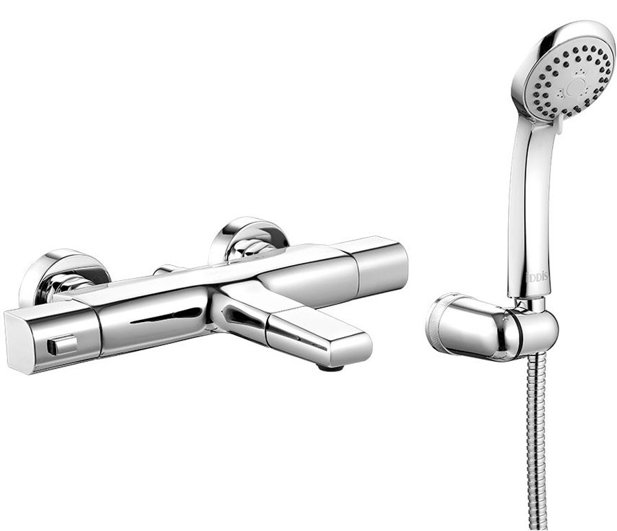 Смеситель для ванны Iddis Uniterm, с термостатом, цвет: хромUNISB00i74Смеситель с термостатом Iddis Uniterm - современный продукт, привносящий максимум комфорта в привычную процедуру принятия душа. Он позволяет сэкономить время на настройке нужной температуры воды при каждом включении, при этом полностью защищает от ожогов и прочих неожиданностей, связанных с перепадами давления или температуры воды в сети. Традиционно в России горячая вода подключается справа, а холодная - слева. По европейским же нормам – наоборот, слева - горячая вода, справа - холодная. Не все европейские производители учитывают эту особенность при поставке термостатических смесителей на российский рынок, вследствие чего у потребителя могут возникать проблемы при подключении такого смесителя (при несоблюдении полярности горячая - холодная вода термостат просто не работает). При этом далеко не каждый потребитель знает порядок расположения подключений ХВС/ГВС в своем доме. Универсальный термостат позволяет решить эту проблему - благодаря симметрии корпуса смесителя, а также поворотному на 360 градусов изливу и выходу на лейку, Uniterm способен работать абсолютно при любом расположении розеток ХВС/ГВС, в любом доме! С Uniterm термостат становится действительно универсальным продуктом. Смеситель изготовлен из высококачественной латуни - безопасного, прочного и стойкого к коррозии материала. Увеличенное никель-хромовое покрытие полностью соответствует европейским стандартам качества, гарантируя стойкость и зеркальный блеск в течение всего срока службы. Термостатический картридж поддерживает оптимальную температуру вне зависимости от перепадов давления за счет встроенного термоэлемента. Смеситель прекрасно подходит для семей с детьми – безопасный уровень температуры (не выше 38 градусов) сохраняется благодаря ограничителю на ручке термостата. Увеличение температуры возможно только после снятия фиксации. Благодаря гладкой внутренней поверхности смесителя, рассекателям в водозапорных механизмах и аэрато