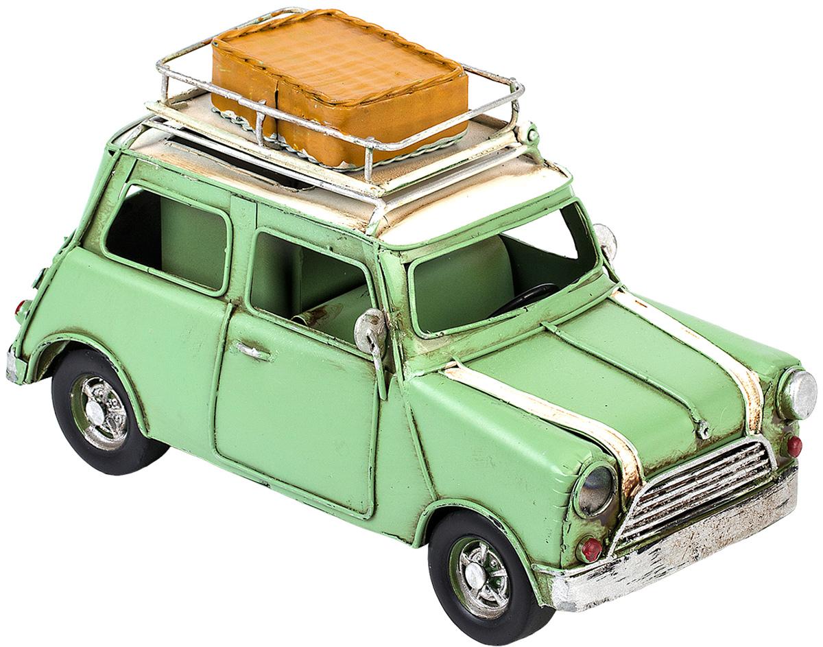 Модель Platinum Автомобиль, с фоторамкой и подставкой для ручек. 1404E-43571404E-4357Модель Platinum Автомобиль, выполненная из металла, станеторигинальным украшением интерьера. Вы можете поставить модель ретро- автомобиля в любом месте, где онабудет удачно смотреться. Изделие дополнено подставкой для ручек и фоторамкой, куда вы можете вставитьвашу любимую фотографию.Качество исполнения, точные детали и оригинальный дизайн выделяют этумодель среди ряда подобных. Модель займет достойное место в вашейколлекции, а также приятно удивит получателя в качестве стильного сувенира.