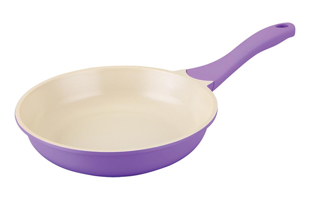 Сковорода Regent Inox Lilla, с керамическим покрытием, цвет: фиолетовый. Диаметр 28 см93-AL-LI-1-28Сковорода Regent Inox Lilla имеет нежно-фиолетовый цвет, это может стать прекрасным дизайнерским решением в оформлении кухни. Изделиеоснащено надежной ручкой с покрытием Soft Touch, которая не греется, предотвращая возникновение ожогов. Оптимальное соотношение толщины дна (4,5 мм) и стенок (2,7 мм) обеспечивает равномерное распределение тепла и его длительное сохранение. Размер сковороды прекрасно подходит для приготовления различных блюд на каждый день. Подходит для всех видов кухонных плит.Диаметр сковороды: 28 см.Высота стенок: 6 см.