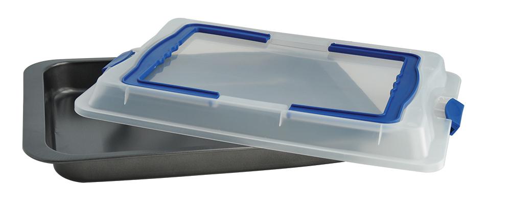 Противень Regent Inox Easy с крышкой, прямоугольный, с антипригарным покрытием, 42 х 29 х 5 см93-CS-EA-2-08Прямоугольный противень Regent Inox Easy выполнен из высококачественной углеродистой стали и оснащен крышкой. Посуда хорошо выдерживает высокие и низкие температуры, а герметичная пластиковая крышка поможет дольше сохранить ваше блюдо свежим. Современное качественное антипригарное покрытие гарантирует беспрепятственное снятие выпечки с противня и простоту очистки изделия. С такой формой можно использовать минимальное количество масла. С противнем Regent Inox Easy вы с легкостью порадуете ваших домашних запеченной свининой, различной выпечкой или сочной курицей с аппетитной хрустящей корочкой! Он станет отличным подарком любой хозяйке.