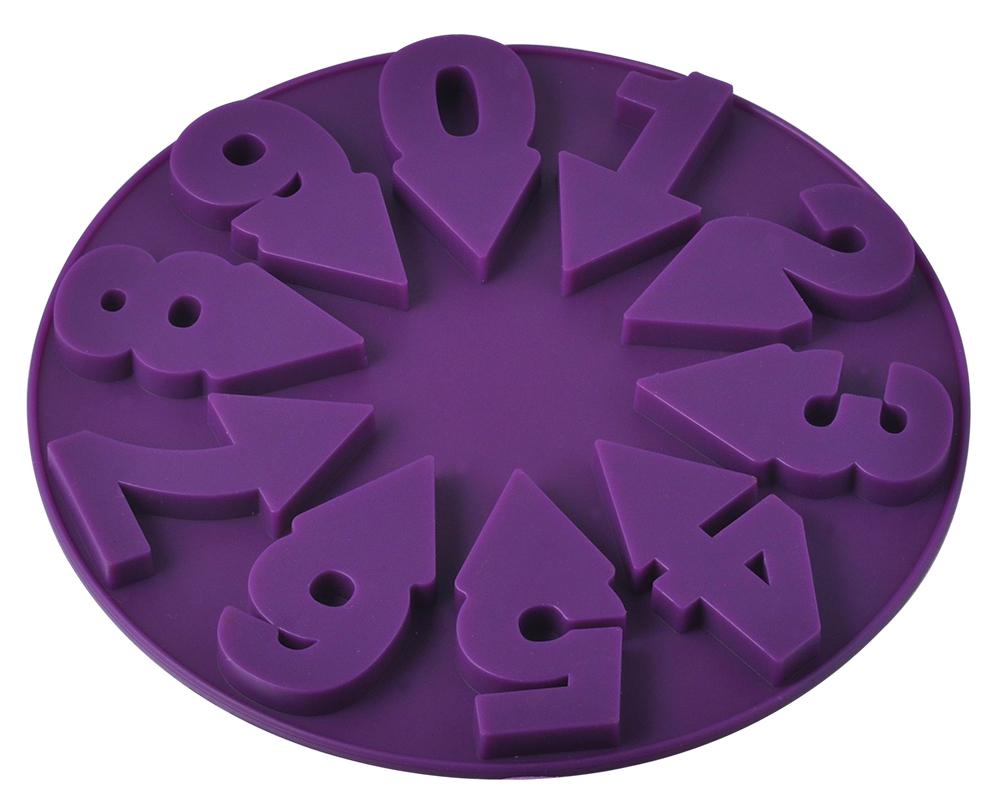 Форма для выпечки Regent Inox Цифры, силиконовая, цвет: фиолетовый, 19 х 19 х 1 см93-SI-FO-80Форма для выпечки Regent Inox Цифры сделана из силикона, который выдерживает температуру от -40° С до +230° С. К форме не прилипает тесто за счет естественной антипригарности, а ее пластичность позволяет легко извлечь готовый продукт. Необычный дизайн этого кухонного аксессуара в виде циферблата и звезды по центру не оставит равнодушным ни одного вашего гостя. В такой форме Ваш праздничный пирог будет самым необычным и вкусным. ее можно заполнять как целиком, так и только цифры.Форму можно мыть и сушить в посудомоечной машине.
