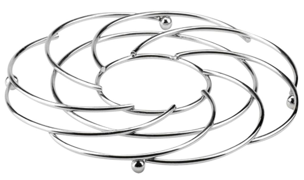 Подставка под горячее Regent Inox Trina, 21 х 21 х 1,5 см93-TR-04-01Подставка под горячее Regent Inox Trina выполнена из стальных прутков с хромированным покрытием. Она идеально впишется в интерьер современной кухни. Изделие прекрасно подходит для кастрюль, мисок или сковород различного диаметра. Этот удобный предмет интерьера станет незаменимым аксессуаром на вашей кухне. Прочный материал при воздействии горячей посуды не теряет своей стойкости. Такая элегантная подставка не только оригинально украсит ваш стол, но и сбережет его от высоких температур. Для устойчивости изделие имеет четыре шарообразные ножки.