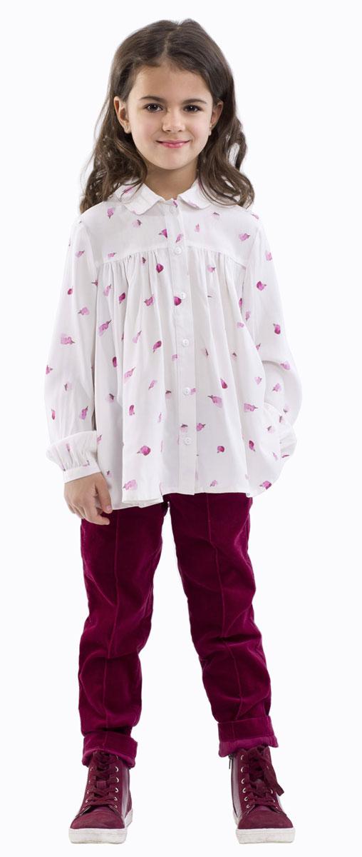 Брюки для девочки Gulliver, цвет: вишневый. 21601GMC6303. Размер 9821601GMC6303Стильные брюки для девочки Gulliver выполнены из натурального хлопка. Модель из велюра застегивается на пластиковую пуговицу и имеет ширинку на застежке-молнии, а также шлевки для ремня. С внутренней стороны пояс регулируется скрытой резинкой на пуговицах. Спереди брюки имеют два втачных кармана, а сзади - два прорезных кармана.