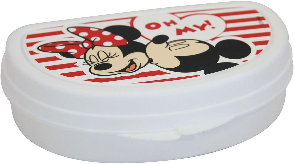 Бутербродница Idea Disney. Минни Маус, 14,5 х 10 х 4 смМ 1201-ДБутербродница Idea Disney. Минни Маус выполнена из высококачественного пищевого пластика, что очень удобно и безопасно для детей, так как пластик не бьется. Крышка оформлена изображением главных героев мультфильма. Крышка плотно закрывается, благодаря чему пища дольше остается свежей и вкусной. Такая бутербродница позволит перекусить любимым домашним бутербродом где угодно: в школе, в походе, поездке, на пикнике. Не занимает много места и легко помещается в любую сумку. Нельзя использовать в СВЧ и мыть в посудомоечной машине.