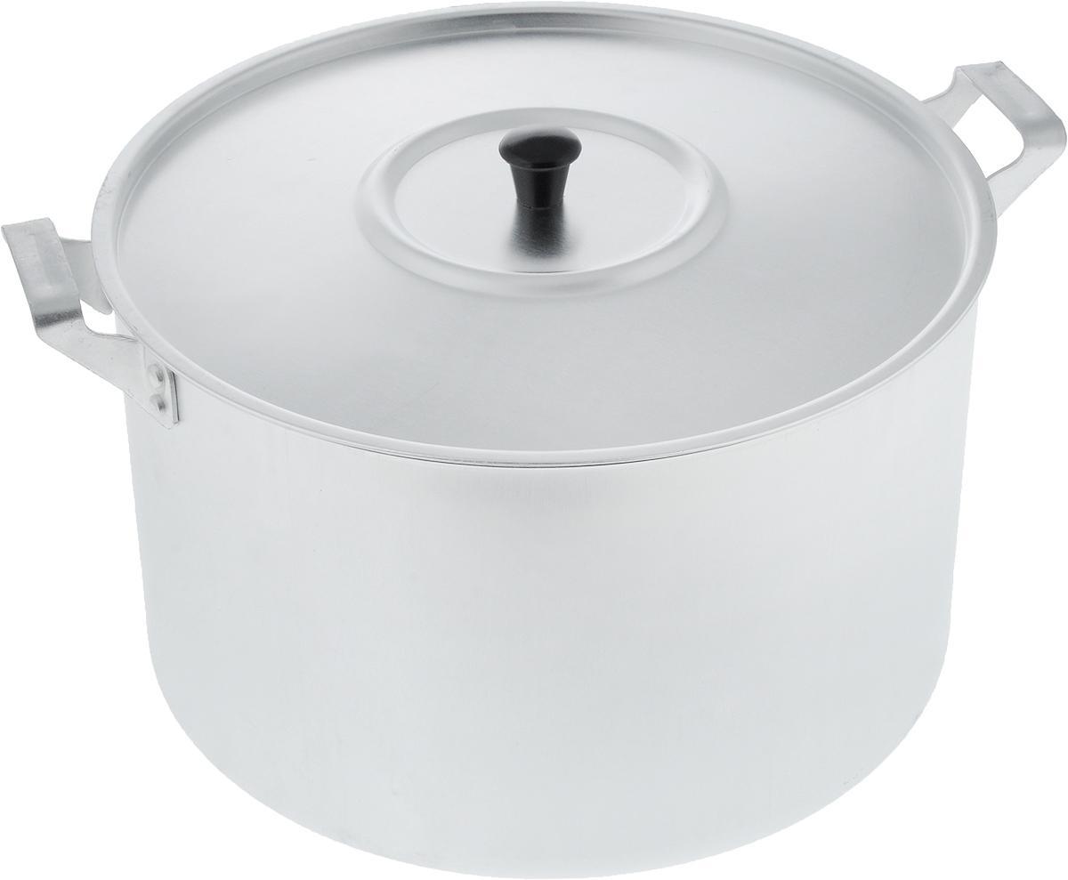 Кастрюля Scovo с крышкой, 8 лМТ-084Кастрюля Scovo с крышкой изготовлена из алюминия с полированной поверхностью. Посуда с полированной поверхностью медленно остывает, долго сохраняя тепло, поэтому идеально подходит для кипячения молока, воды, приготовления супов, каш.Кастрюля подходит для использования на всех типах плит, кроме индукционных. Можно мыть в посудомоечной машине. Алюминиевая посуда - это давно проверенная классика. Долговечная и недорогая, алюминиевая посуда не обладает привлекательным внешним видом, но может пережить многие испытания и не понести потерь. Даже деформация корпуса, в принципе, не влияет на дальнейший процесс приготовления пищи. Полированную алюминиевую посуду не рекомендуется мыть абразивными моющими средствами с использованием жестких щеток и других твердых материалов.Такая посуда пригодится не только дома, но и станет незаменимой в походах или поездках за город.Диаметр кастрюли (по верхнему краю): 26 см.Высота стенки: 15,5 см.Объем кастрюли: 8 л.