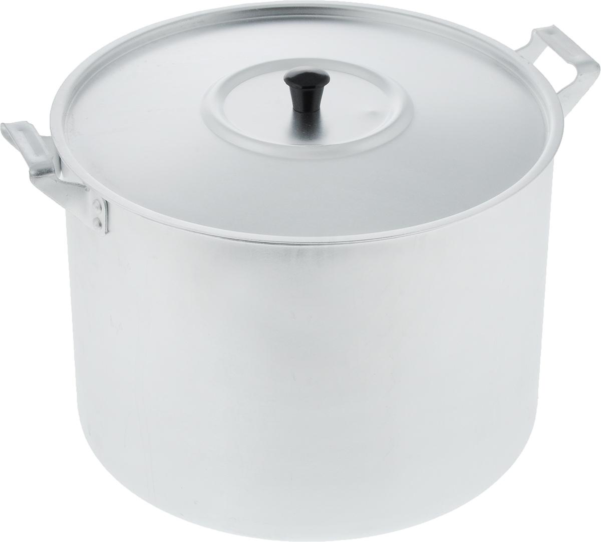 Кастрюля Scovo с крышкой, 10 лМТ-085Кастрюля Scovo с крышкой изготовлена из алюминия с полированной поверхностью. Посуда с полированной поверхностью медленно остывает, долго сохраняя тепло, поэтому идеально подходит для кипячения молока, воды, приготовления супов, каш.Кастрюля подходит для использования на всех типах плит, кроме индукционных. Можно мыть в посудомоечной машине. Алюминиевая посуда - это давно проверенная классика. Долговечная и недорогая, алюминиевая посуда не обладает привлекательным внешним видом, но может пережить многие испытания и не понести потерь. Даже деформация корпуса, в принципе, не влияет на дальнейший процесс приготовления пищи. Полированную алюминиевую посуду не рекомендуется мыть абразивными моющими средствами с использованием жестких щеток и других твердых материалов.Такая посуда пригодится не только дома, но и станет незаменимой в походах или поездках за город.Диаметр кастрюли (по верхнему краю): 26 см.Высота стенки: 19 см.Объем кастрюли: 10 л.