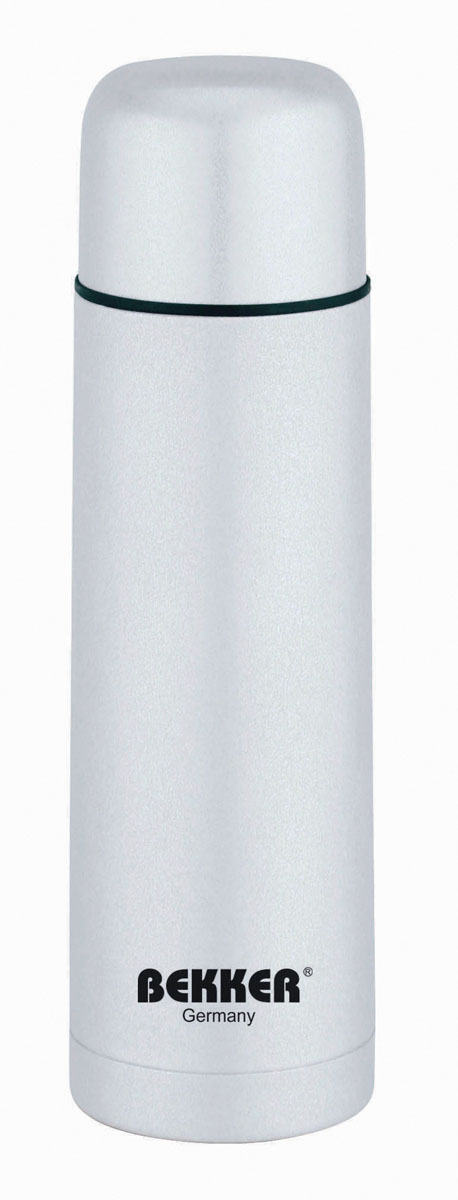Термос Bekker, цвет: серебристый, 750 млBK-4037Термос Bekker Koch, предназначенный для горячих и холодных напитков, выполнен из высококачественной нержавеющей стали 18/10. Вакуумная система и двойные стенки термоса обеспечивают длительное сохранение температуры содержимого (термос поддерживает температуру: 6 часов - 74°С, 12 часов - 65°С, 24 часа - 47°С). Винтовая пластиковая пробка с кнопкой не позволит жидкости разлиться. Крышка-чашка завинчивается. Не подходит для использования в посудомоечной машине. В комплект входит стильный кожаный чехол на молнии с ремнем для хранения термоса. Характеристики:Материал:пластик, нержавеющая сталь. Объем термоса:0,75 л. Размер термоса (В х Ш х Д):27 см х 8 см х 8 см. Размер упаковки:30 см х 9 см х 9 см. Изготовитель:Китай. Артикул:BK-4037.