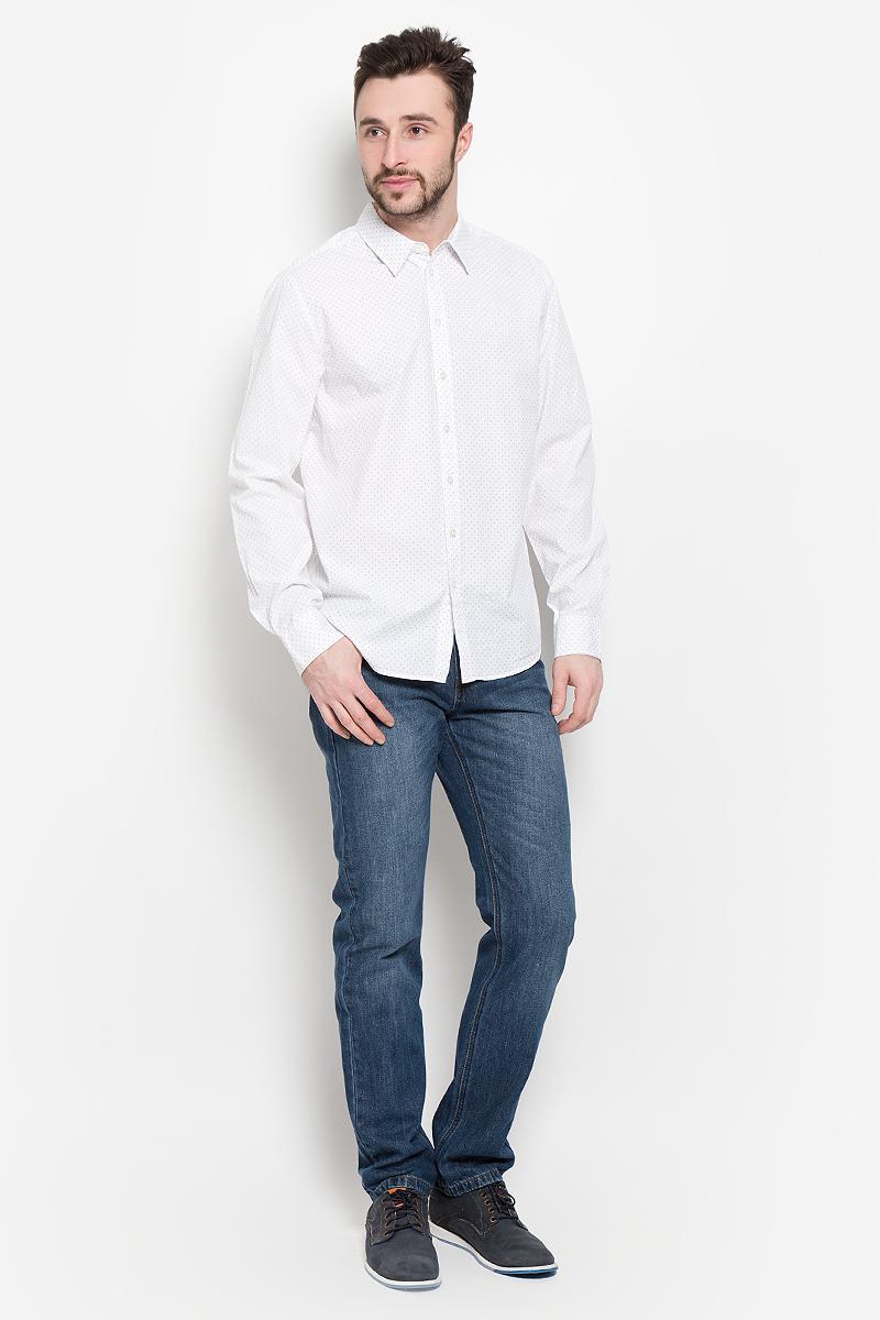 Рубашка мужская Sela, цвет: молочный. H-212/745-7121. Размер 40 (46)H-212/745-7121Мужская рубашка Sela выполнена из натурального хлопка. Рубашка с длинными рукавами и отложным воротником застегивается на пуговицы спереди. Манжеты рукавов также застегиваются на пуговицы. Рубашка оформлена принтом в виде мелких листочков.