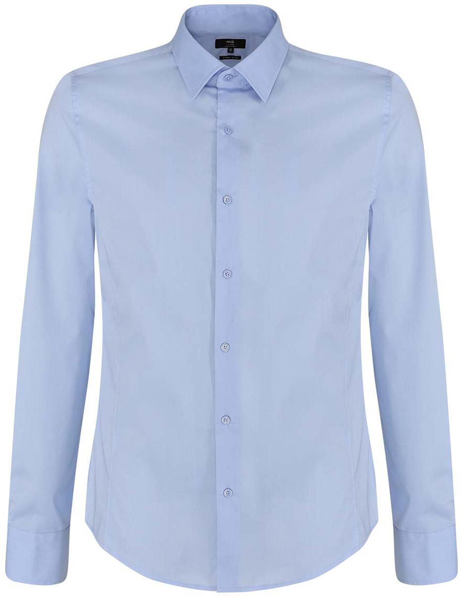 Рубашка мужская oodji Basic, цвет: голубой. 3B140000M/34146N/7000N. Размер 41-182 (50-182)3B140000M/34146N/7000NМужская рубашка oodji Basic изготовлена из хлопка с добавлением полиамида и эластана. Классический воротничок с острыми углами, манжеты с пуговицами, застежка на пуговицы спереди по всей длине. У рубашки слега приталенный силуэт, ее можно носить заправленной или навыпуск. Оптимальное соотношение хлопка и синтетики: не мнется, прекрасно держит форму и дает коже возможность дышать. В такой рубашке комфортно в течение всего дня. Элегантная рубашка станет основой для делового гардероба. Она хорошо сочетается с прямыми и зауженными брюками. Для создания строгого образа рубашку можно дополнить классическим или спортивным пиджаком, или же в качестве второго слоя выбрать трикотажный кардиган. С этой рубашкой вы можете создать разные деловые луки. Они всегда будут отвечать строгому дресс-коду. Из обуви предпочтение рекомендуется отдавать классическим моделям туфель.