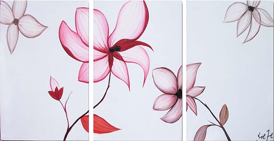 Картина Арт78 Цветик, модульная, 110 х 50 см. арт780098-3арт780098-3Ничто так не облагораживает интерьер, как хорошая картина. Особенную атмосферу создаст крупное художественное полотно, размеры которого более метра. Подобные произведения искусства, выполненные в традиционной технике (холст, масляные краски), чрезвычайно капризны: требуют сложного ухода, регулярной реставрации, особого микроклимата – поэтому они просто не могут существовать в условиях обычной городской квартиры или загородного коттеджа, и требуют больших затрат. Данное полотно идеально приспособлено для создания изысканной обстановки именно у Вас. Это полотно создано с использованием как традиционных натуральных материалов (холст, подрамник - сосна), так и материалов нового поколения – краски, фактурный гель (придающий картине внешний вид масляной живописи, и защищающий ее от внешнего воздействия). Благодаря такой композиции, картина выглядит абсолютно естественно, и отличить ее от традиционной техники может только специалист. Но при этом изображение отлично смотрится с любого расстояния, под любым углом и при любом освещении. Картина не выцветает, хорошо переносит даже повышенный уровень влажности. При необходимости ее можно протереть сухой салфеткой из мягкой ткани.