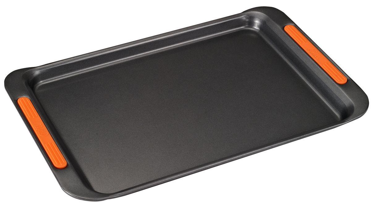 Противень Gipfel Mist, с антипригарным покрытием, 39,7 x 25 x 2,5 см0306ПротивеньGipfel Mist изготовлен из углеродистой стали с антипригарным покрытием Xylan и оснащен ручками с силиконовым покрытием. Антипригарное покрытие обеспечивает превосходные свойства, поэтому при готовке можно почти не использовать подсолнечное масло. Посуда абсолютно безопасна для здоровья, так как не содержит PFOA, соединений кадмия и свинца. Противень предназначен для использования в духовке. Можно мыть в посудомоечной машине.Размер противня: 39,7 x 25 x 2,5 см.