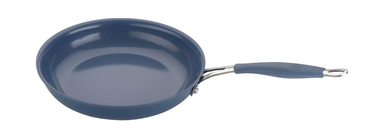 Сковорода Gipfel Princes, с керамическим покрытием, цвет: голубой, диаметр 24 см2440Сковорода Gipfel Princes изготовлена из высококачественного литого алюминия с керамическим покрытием. Такое покрытие предотвращает пригорание пищи и ее прилипание к стенкам. Оно абсолютно безопасно для здоровья и не выделяет вредных веществ во время готовки.Тепло распределяется равномерно по всей поверхности посуды, что позволяет пище готовиться быстрее. Изделие снабжено эргономичной ручкой из бакелита с силиконовым покрытием. Посуда подходит для использования на всех видах плит, включая индукционные. Можно мыть в посудомоечной машине. Диаметр сковороды (по верхнему краю): 24 см.