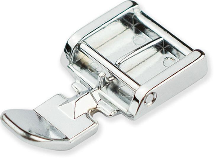 Лапка для швейной машины Aurora, для вшивания молнииAU-101С помощью лапки для швейной машины Aurora, можно вшить молнию с любой стороны. Край лапки направляет молнию, для правильного расположения. Подходит к большинству швейных машин, таких как Aurora, Brother, Janome и других