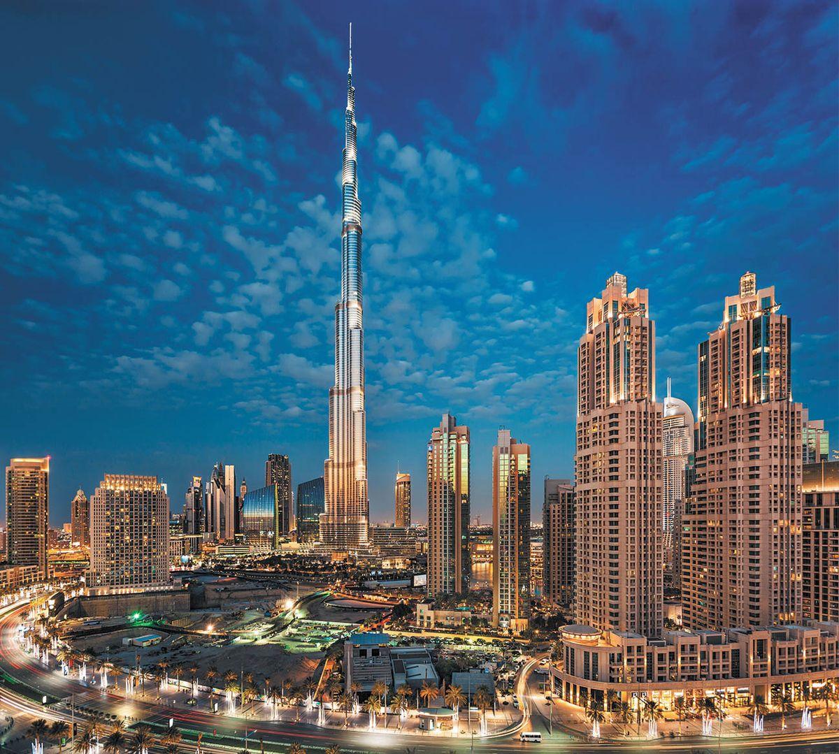 Фотообои Milan Дубай, текстурные, 300 х 270 см. M 325m 325Виниловые обои горячего тиснения на флизелиновой основе MILAN — дизайнерская коллекция фотообоев и фотопанно европейского качества, созданная на основе последних тенденций в мире интерьерной моды. Еще вчера эти тренды демонстрировались на подиумах