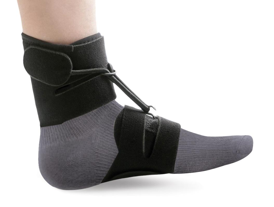 Ttoman Бандаж - стоподержатель AS-SB. Размер 1/МAS-SB M• подходит для ношения с обувью и без обуви • удобен и прост в применении • влаго и воздухопроницаемый материал • комплектуется насадкой с блокировочным крючком • цвет: черныйПоказания к применению:• отвисающая стопаS окружность над лодыжкой 12-18смM окружность над лодыжкой18-24смL окружность над лодыжкой 24-30смСостав:нейлон - 63%полиэстер - 27%лайкра - 5%хлопок - 5%