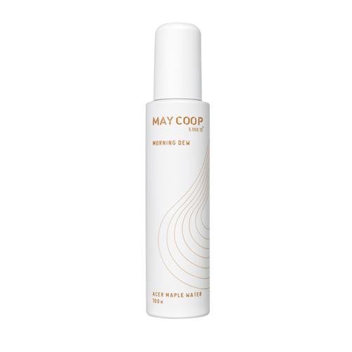 May Coop Увлажняющий мист для лица - увлажняет и тонизирует кожу Morning DEW 50 мл02021Изысканное средство для кожи лица, словно утренняя роса, дарит свежесть, увлажнение, и хорошее настроение в течение всего дня. Моментально тонизирует и смягчает кожу, оставляя легкий шлейф тонкого аромата. Уникальная формула на 98% состоит из весеннего сока кленового дерева, молекулы которого обладают способностью глубоко проникать в кожу, достигая эффекта ревитализации и насыщения влагой. Рецептура обогащена бетаином, экстрактами семян кунжута, асаи, маточного молочка, листьев шпината и другими ценными компонентами, поддерживающими красоту и молодость кожи.
