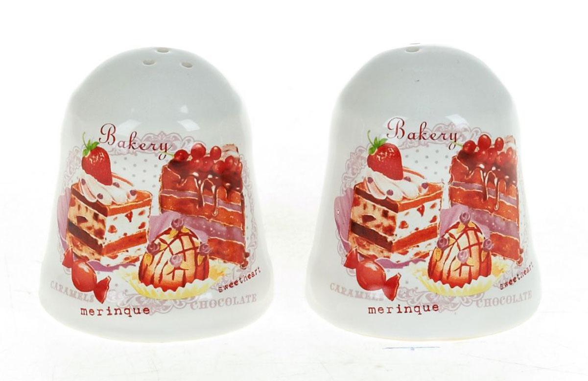 Набор для специй Polystar Бисквит, 2 предметаL3170234Набор для специй Бисквит, состоящий из солонки и перечницы, изготовлен из высококачественной керамики. Изделия украшены оригинальными рисунками. Солонка и перечница легки в использовании: стоит только перевернуть емкости, и вы с легкостью сможете поперчить или добавить соль по вкусу в любое блюдо.Дизайн, эстетичность и функциональность набора позволят ему стать достойным дополнением к кухонному инвентарю.Диаметр емкости: 5,5 см.Высота емкости: 6,5 см.