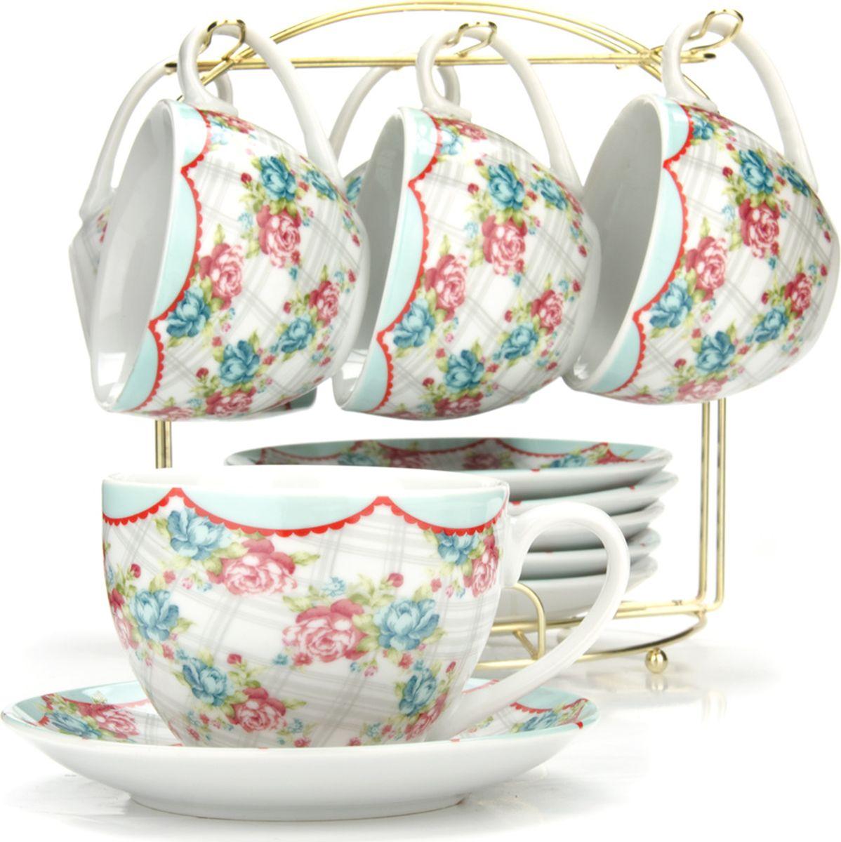 Сервиз чайный Loraine, на подставке, 13 предметов. 4329925951Чайный набор состоит из шести чашек, шести блюдец и металлической подставки золотого цвета. Предметы набора изготовлены из качественного фарфора и оформлены красочным цветным рисунком. Чайный набор идеально подойдет для сервировки стола и станет отличным подарком к любому празднику. Все изделия можно компактно хранить на подставке, входящей в набор. Подходит для мытья в посудомоечной машине.Диаметр чашки: 9 см.Высота чашки: 7 см.Объем чашки: 220 мл.Диаметр блюдца: 14 см.