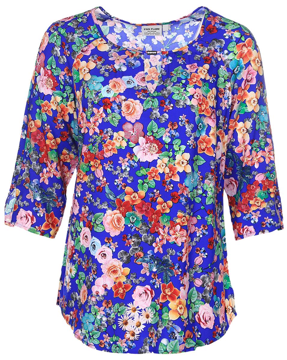 Блузка женская Finn Flare, цвет: синий, зеленый, желтый. B17-11083_103. Размер M (46)B17-11083_103Женская блуза Finn Flare с рукавами-реглан длиной 3/4 и круглым вырезом горловины выполнена из натуральной вискозы. Блузка имеет свободный крой. Модель оформлена небольшим вырезом под горловиной и декорирована красочным цветочным принтом.