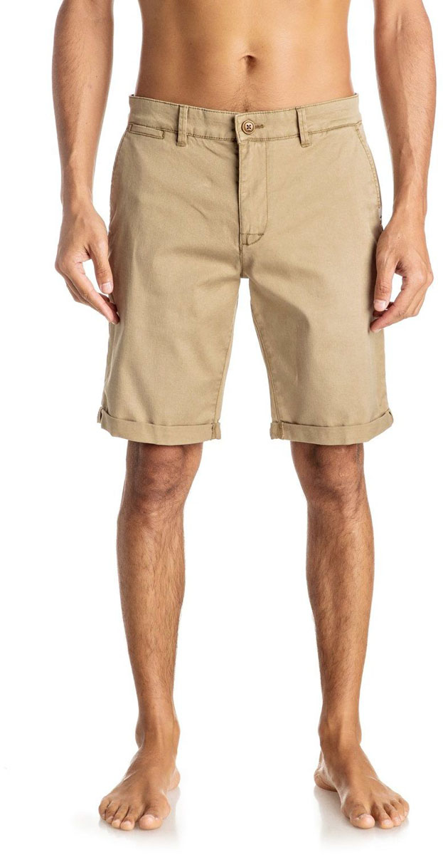 Шорты мужские Quiksilver, цвет: бежевый. EQYWS03324-TMP0. Размер 31 (48)EQYWS03324-TMP0Шорты мужские Quiksilver изготовлены из качественной ткани. Модель длиной до колен застегивается на молнию и пуговицу. Изделие дополнено карманами.