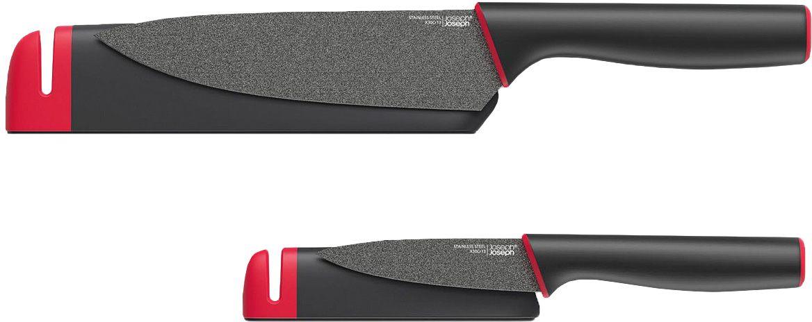 """Набор ножей Joseph Joseph """"Slice&Sharpen""""- практичный набор, в который входит универсальный поварской нож и короткий нож для чистки. Оба ножа располагают отдельными защитными чехлами со встроенными керамическими ножеточками. Благодаря не прилипающему покрытию на лезвиях, изготовленных из нержавеющей стали, готовка становится более лёгкой и гигиеничной."""