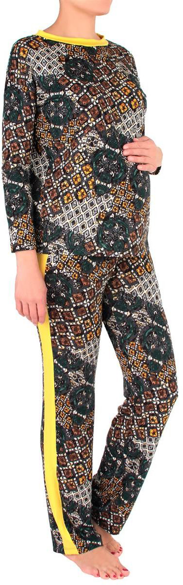 Костюм домашний для беременных Mammy Size: лонгслив, брюки, цвет: темно-серый, желтый. 1168692176. Размер 441168692176Удобный и красивый домашний костюм для беременных Mammy Size, изготовленный из вискозы и эластана, состоит из лонгслива и брюк. Лонгслив с длинными рукавами и круглым вырезом горловины. Универсальность этого комплекта заключается в том, что его можно носить как во время беременности, так и после рождения ребенка. Резинка на брюках устроена так, что во время беременности она находится под животом.