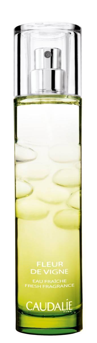 Caudalie Освежающая вода Fleur De Vigne Body Vinotherapie, 50 мл097Цветение винограда - это короткий период времени в июне, от которого отсчитывают 110 дней до начала сбора винограда. Эта освежающая вода сочетает в своем аромате ноты белой розы, розового перца и арбуза, которые перекликаются с бодрящими акцентами грейпфрута, мандарина и кедра. Не вызывает фото-чувствительность кожи.