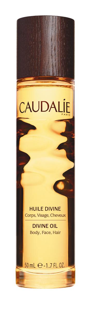 Caudalie Divine Божественное масло, 50 мл133Сухое масло Caudalie эффективно увлажняет, питает и совершенствует кожу, благодаря уникальному сочетанию исключительных масел (виноград, гибискус, кунжут, аргана) и наших запатентованных антиоксидантных полифенолов. Этот эликсир великолепия благоухает теплыми, чувственными ароматами, сочетающими цветочные, солнечные и древесные ноты. Характеристики:Объем: 50 мл. Артикул: 133. Производитель: Франция. Товар сертифицирован.
