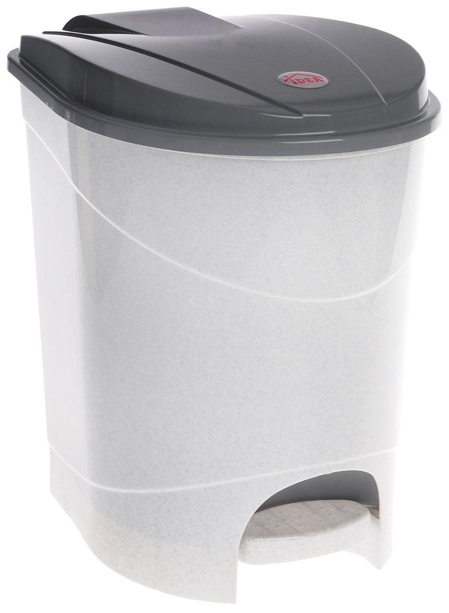 Контейнер для мусора Idea, с педалью, цвет: мраморный, 19 лМ 2892Мусорный контейнер Idea, выполненный из прочного полипропилена, оснащен педалью, с помощью которой можно открыть крышку. Закрывается крышка практически бесшумно, плотно прилегает, предотвращая распространение запаха. Внутри пластиковая емкость для мусора, которую при необходимости можно достать из контейнера. Интересный дизайн разнообразит интерьер кухни и сделает его более оригинальным.Размер контейнера: 31 х 31 х 39,5 см.