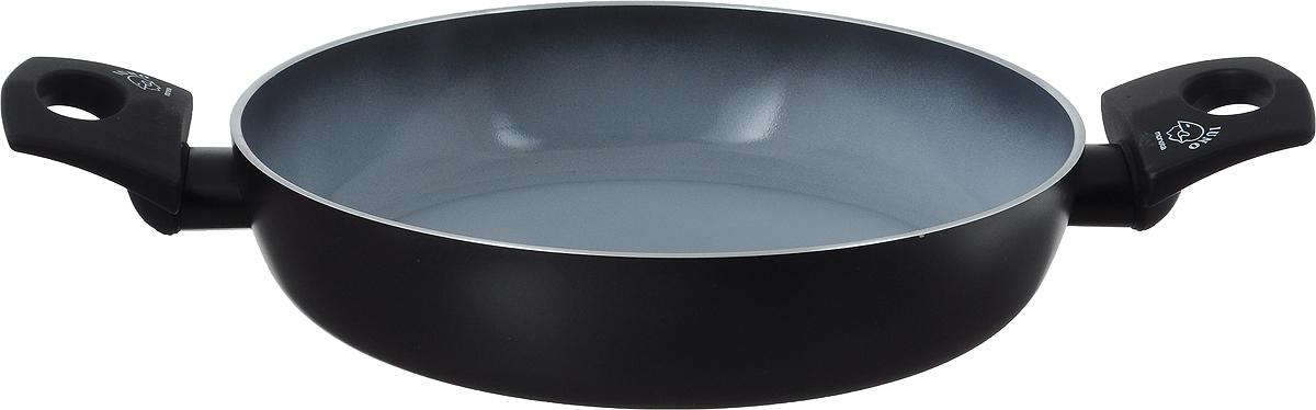 """Сотейник Moneta """"Buongusto"""" изготовлен из литого алюминия с высококачественным керамическим покрытием. Такое покрытие предотвращает пригорание пищи и ее прилипание к стенкам. Оно абсолютно безопасно для здоровья и не выделяет вредных веществ во время готовки. Тепло распределяется равномерно по всей поверхности посуды, что позволяет пище готовиться быстрее. Сотейник оснащен эргономичными ручками с покрытием """"soft-touch"""". Такие ручки не нагреваются в процессе приготовления пищи и не дают вашим рукам обжечься. Посуда подходит для всех типов плит, включаяиндукционные. Можно мыть в посудомоечной машине. Высота стенки: 5,3 см.Ширина сотейника (с учетом ручек): 17,5 см."""