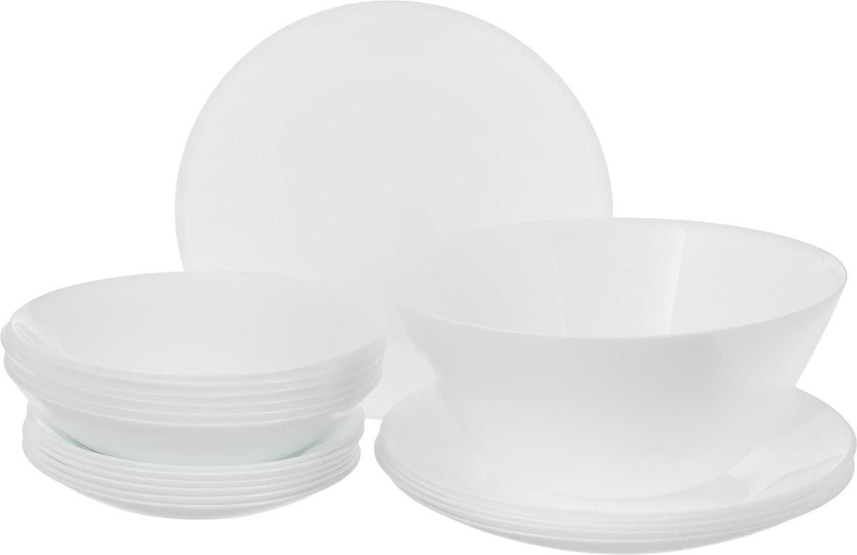 """Столовый набор Arcopal """"Zelie"""" состоит из 6 суповых  тарелок, 6 обеденных тарелок, 6 десертных тарелок и  салатника. Изделия выполнены из ударопрочного стекла, с  однотонным дизайном и классической круглой формой.  Посуда отличается прочностью, гигиеничностью и долгим  сроком службы, она устойчива к появлению царапин и резким  перепадам температур.  Такой набор прекрасно подойдет как для повседневного  использования, так и для праздников или особенных случаев.   Столовый набор Arcopal """"Zelie"""" - это не только яркий и  полезный подарок для родных и близких, это также  великолепное дизайнерское решение для вашей кухни или  столовой.  Изделия можно мыть в посудомоечной машине и  использовать в СВЧ-печи.  Диаметр суповой тарелки: 19,5 см.  Диаметр обеденной тарелки: 25 см.  Диаметр десертной тарелки: 17,5 см. Диаметр салатника: 24 см.  Высота стенки салатника: 10,5 см."""