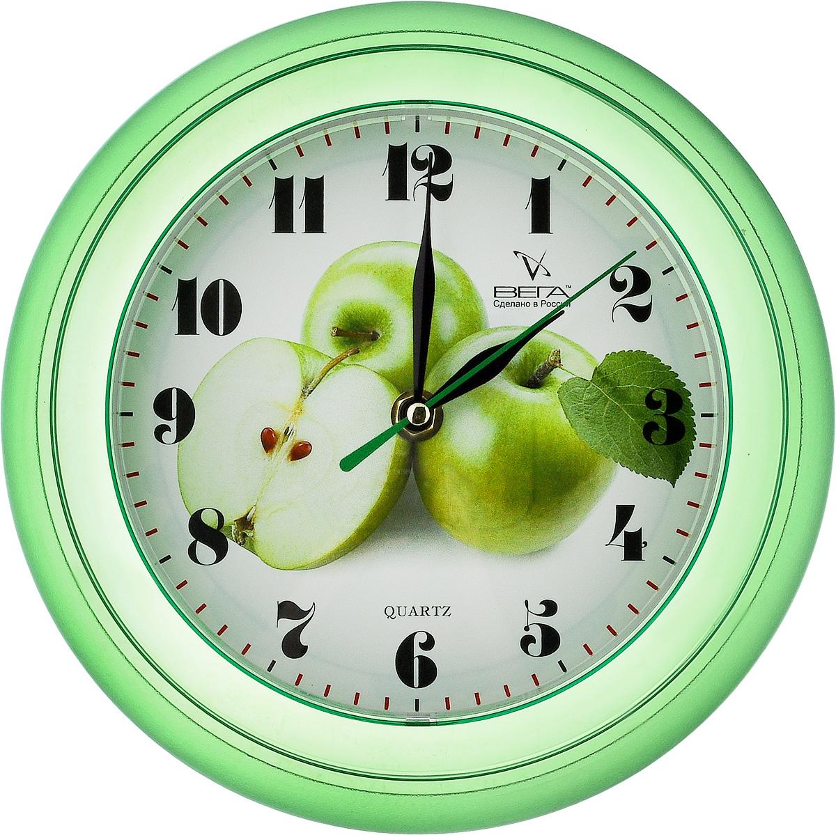 Часы настенные Вега Яблоки, диаметр 22,5 смП6-3-6Настенные кварцевые часы Вега Яблоки, изготовленные из пластика, прекрасно впишутся в интерьервашего дома. Круглые часы имеют три стрелки: часовую,минутную и секундную, циферблат защищен прозрачным стеклом.Часы работают от 1 батарейки типа АА напряжением 1,5 В (не входит в комплект).Диаметр часов: 22,5 см.