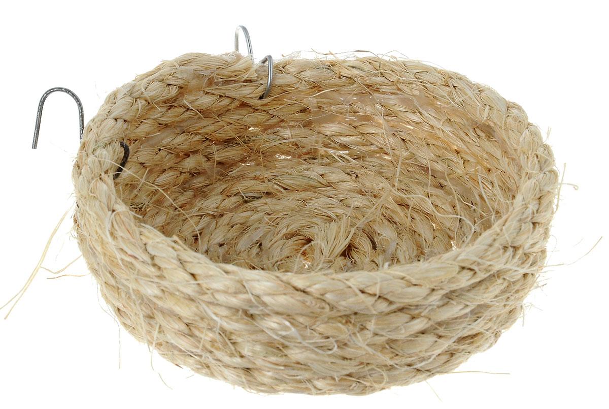 Гнездо для птиц Zoobaloo Гнездо плоское, диаметр 10 см564Zoobaloo Гнездо плоское – это великолепный аксессуар, который предназначен для птиц. Благодаря полностью натуральному плетению изделие выгодно отличается от гнезд из пластика. Гнездо оснащено металлическими креплениями, поэтому может быть установлено на горизонтальных стенках клетки.Диаметр гнезда: 10 см.Высота стенки гнезда: 3 см.