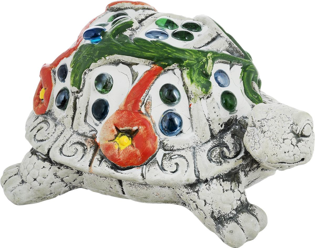 Фигурка декоративная Лилло Черепаха, цвет: серый, красный, зеленый, длина 19 смFLY01145Декоративная фигурка Черепаха станет необычным аксессуаром для вашего интерьера и создаст незабываемую атмосферу. Фигурка изготовлена из керамики в виде черепахи. Эта очаровательная вещь послужит отличным подарком близкому человеку, родственнику или другу, а также подарит приятные мгновения и окунет вас в лучшие воспоминания.