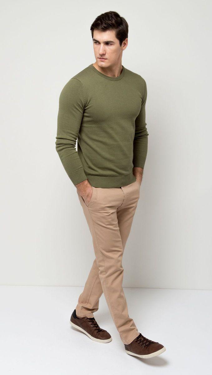 Брюки мужские Sela, цвет: серебристо-бежевый. P-215/525-7171T. Размер 48-182P-215/525-7171 (P-215/525-7171T)Стильные мужские брюки Sela, изготовленные из качественного хлопкового материала, станут отличным дополнением гардероба. Брюки полуприлегающего кроя и стандартной посадки на талии застегиваются на застежку-молнию и пуговицу. На поясе имеются шлевки для ремня. Модель дополнена тремя прорезными карманами спереди и двумя прорезными карманами на пуговицах сзади.