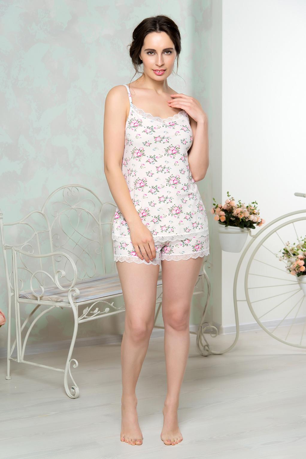 Пижама женская Mia Cara: майка, шорты, цвет: молочный. AW16-MCUZ-844. Размер 42/44AW16-MCUZ-844Пижама женская Mia Cara состоит из майки и шорт. Модель выполнена из высококачественного хлопка с добавлением эластана. Длину лямок на майке можно регулировать. Края майки и шорт отделаны кружевом.