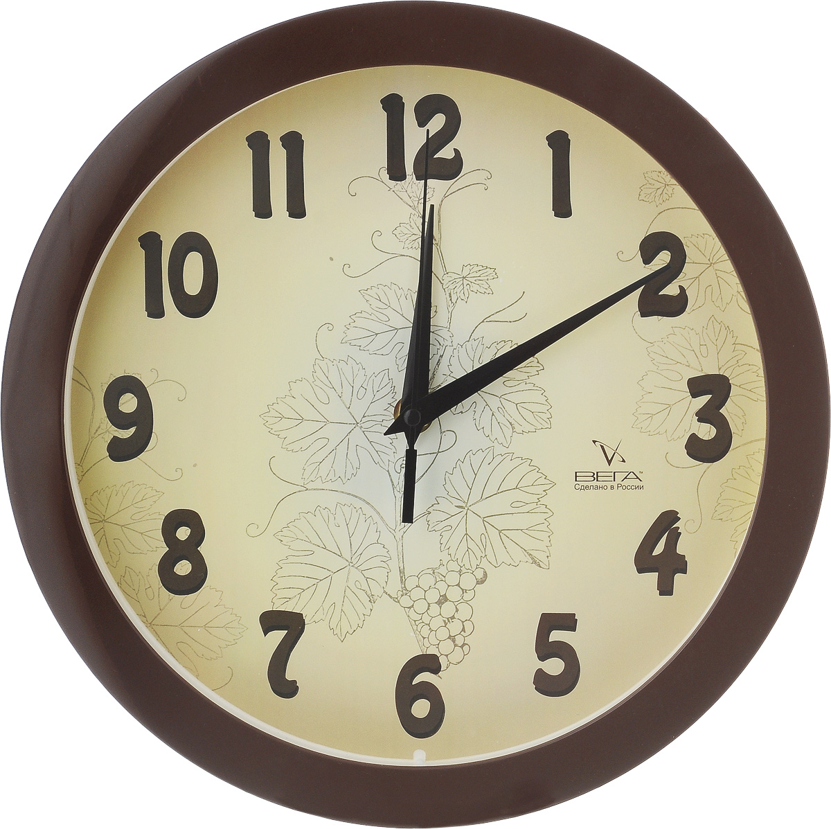 Часы настенные Вега Классика бежевая, диаметр 28,5 смП1-9/7-50Настенные кварцевые часы Вега Классика бежевая, изготовленные из пластика, прекрасно впишутся в интерьер вашего дома. Часы имеют три стрелки: часовую, минутную и секундную, циферблат защищен прозрачным стеклом. Часы работают от 1 батарейки типа АА напряжением 1,5 В (не входит в комплект).Диаметр часов: 28,5 см.