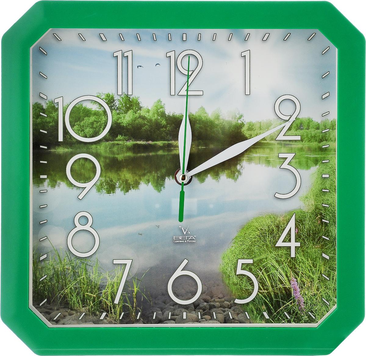 Часы настенные Вега Пейзаж, 27,5 х 27,5 х 3,3 смП4-3/7-82Настенные кварцевые часы Вега Пейзаж, изготовленные изпластика, прекрасно впишутся в интерьер вашего дома. Часыимеют три стрелки: часовую, минутную и секундную, циферблатзащищен прозрачным стеклом.Часы работают от 1 батарейки типа АА напряжением 1,5 В (невходит в комплект). Размер часов: 27,5 х 27,5 х 3,3 см.