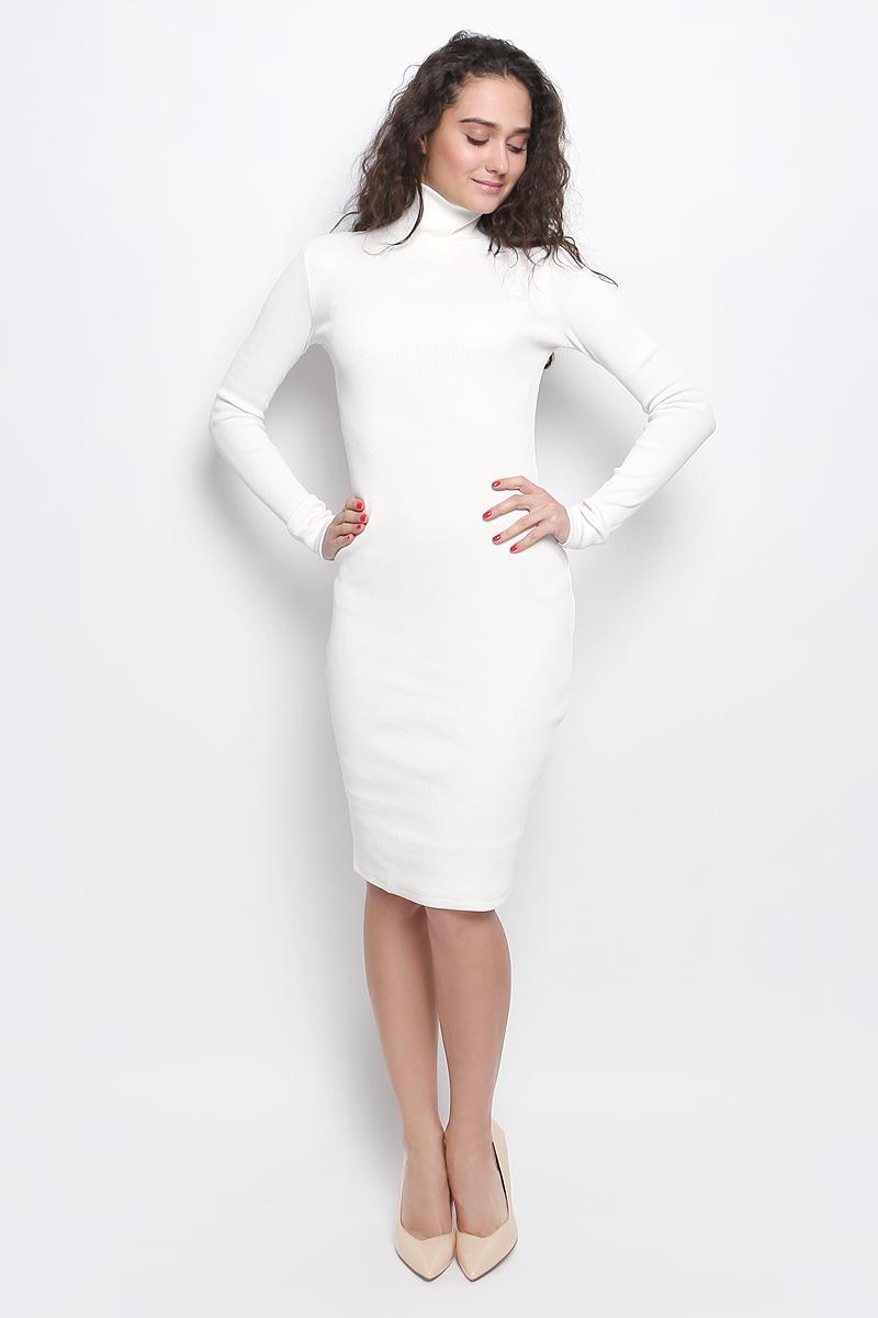 Платье Rocawear, цвет: молочный. R041643. Размер S (44)R041643Платье Rocawear выполнено из хлопка с добавлением лайкры. Модель средней длины с длинными рукавами имеет воротник-гольф. Платье великолепно тянется и превосходно садится по фигуре благодаря эластичной структуре.