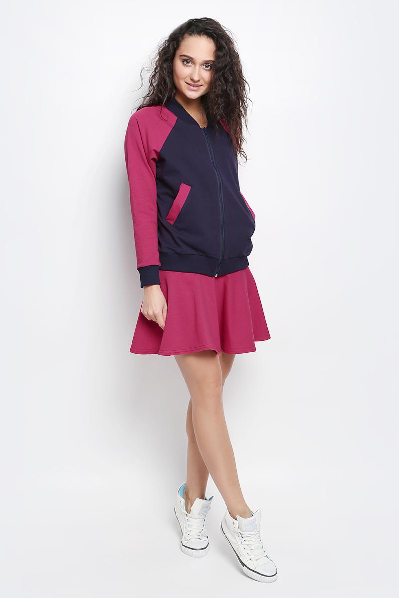 Комплект женский Rocawear: толстовка, юбка, цвет: темно-синий, фуксия. R031637. Размер XS (42)R031637Женский комплект Rocawear включает в себя юбку и толстовку. Все элементы комплекта выполнены из хлопка с добавлением полиэстера и лайкры.Толстовка с круглым вырезом горловины и длинными рукавами-реглан застегивается на застежку-молнию спереди. Горловина и низ модели дополнены широкими трикотажными вставками. Рукава дополнены эластичными манжетами. Спереди расположены два втачных кармана.Укороченная юбка дополнена широкой эластичной резинкой на талии.