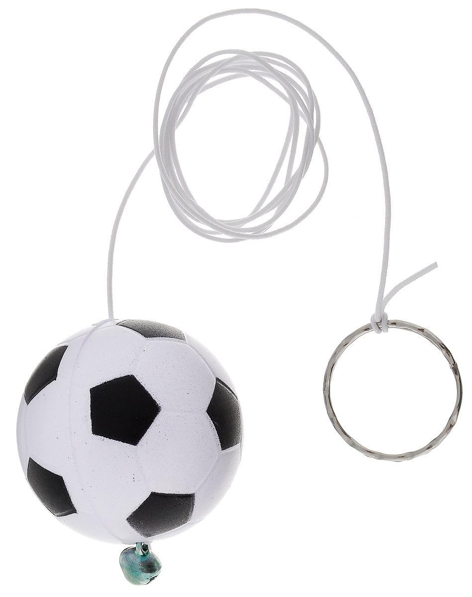 Игрушка для кошек Zoobaloo Футбольный мяч, длина 1 м122Игрушка для кошек Zoobaloo Футбольный мяч выполнена в форме мягкого мячика из полимера, дополнена эластичной резинкой с кольцом для пальцев и колокольчиком для привлечения внимания. Благодаря губчатой структуре мяча его можно царапать и грызть.Такая игрушка порадует вашего любимца, а вам доставит массу приятных эмоций, ведь наблюдать за игрой всегда интересно и приятно. Диаметр мячика: 4 см.Длина резинки: 1 м.УВАЖАЕМЫЕ КЛИЕНТЫ! Обращаем ваше внимание на возможные изменения в цветовом дизайне, связанные с ассортиментом продукции. Поставка осуществляется в зависимости от наличия на складе.