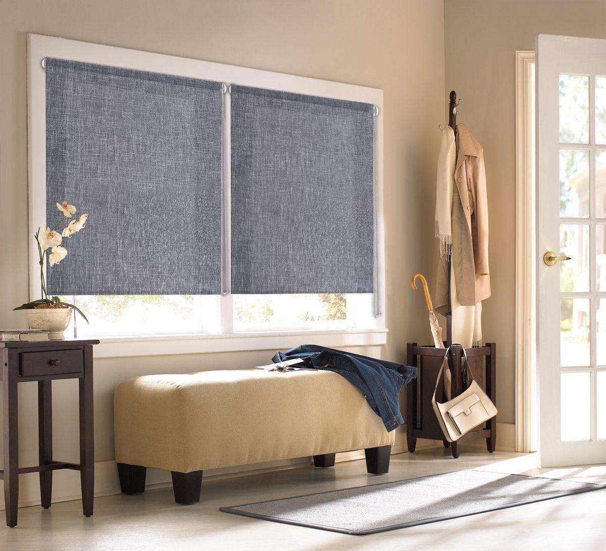 """Рулонными шторами Эскар """"Миниролло. Меланж"""" можно оформлять окна как самостоятельно, так и использовать в комбинации с портьерами. Это поможет предотвратить выгорание дорогой ткани на солнце и соединит функционал рулонных с красотой навесных.  Преимущества применения рулонных штор для пластиковых окон:  - имеют прекрасный внешний вид: многообразие и фактурность материала изделия отлично смотрятся в любом интерьере; - многофункциональны: есть возможность подобрать шторы способные эффективно защитить комнату от солнца, при этом она не будет слишком темной;   - есть возможность осуществить быстрый монтаж. ВНИМАНИЕ! Размеры ширины изделия указаны по ширине ткани!  Во время эксплуатации не рекомендуется полностью разматывать рулон, чтобы не оторвать ткань от намоточного вала.  В случае загрязнения поверхности ткани, чистку шторы проводят одним из способов, в зависимости от типа загрязнения: легкое поверхностное загрязнение можно удалить при помощи канцелярского ластика; чистка от пыли производится сухим методом при помощи пылесоса с мягкой щеткой-насадкой; для удаления пятна используйте мягкую губку с пенообразующим неагрессивным моющим средством или пятновыводитель на натуральной основе (нельзя применять растворители)."""