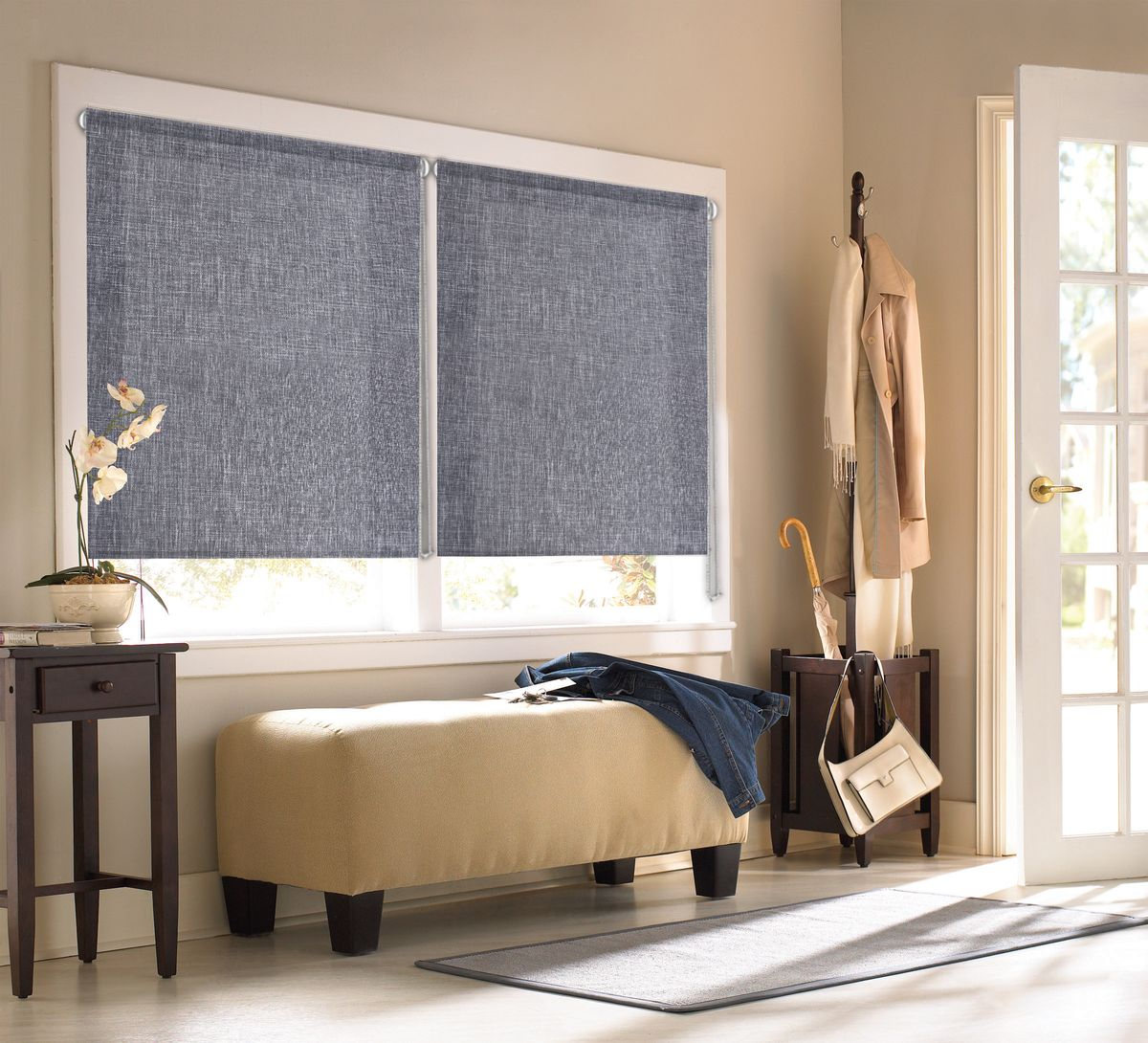 Штора рулонная Эскар Миниролло. Меланж, цвет: серый, ширина 62 см, высота 160 см304948062160Рулонными шторами Эскар Миниролло. Меланж можно оформлять окна как самостоятельно, так и использовать в комбинации с портьерами. Это поможет предотвратить выгорание дорогой ткани на солнце и соединит функционал рулонных с красотой навесных. Преимущества применения рулонных штор для пластиковых окон: - имеют прекрасный внешний вид: многообразие и фактурность материала изделия отлично смотрятся в любом интерьере;- многофункциональны: есть возможность подобрать шторы способные эффективно защитить комнату от солнца, при этом она не будет слишком темной. - Есть возможность осуществить быстрый монтаж.ВНИМАНИЕ!Размеры ширины изделия указаны по ширине ткани! Для выбора правильного размера необходимо учитывать - ткань должна закрывать оконное стекло на 3 см.