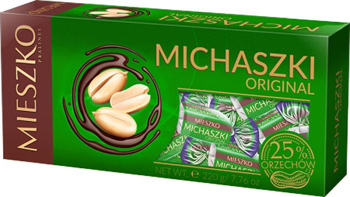 Mieszko Михашки с арахисом набор шоколадных конфет, 220 г5900353640777Набор шоколадных конфет Mieszko - это приятное лакомство с пралиновой начинкой и вкусом арахиса, покрытое глазурью из темного шоколада. В конфетах Mieszko соединились два излюбленных лакомства мира сладостей: изысканная пралиновая начинка и качественный шоколад. Это лакомство понравится всем тем, кто предпочитает чистые классические вкусы. Конфеты покрыты самой лучшей шоколадной глазурью и не содержат консервантов.