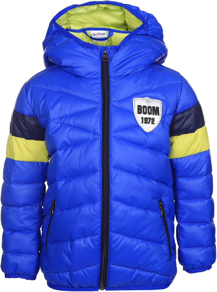 Куртка для мальчика Boom!, цвет: синий. 70035_BOB_вар.3. Размер 92, 1,5-2 года70035_BOB_вар.3Стильная куртка для мальчика Boom! изготовлена из 100% полиэстера. Подкладка выполнена из полиэстера с добавлением вискозы. В качестве утеплителя используется эко-синтепон. Куртка с капюшоном застегивается на застежку-молнию и дополнительно имеет защиту подбородка и внутреннюю ветрозащитную планку. Изделие дополнено спереди двумя прорезными карманами на застежках-молниях. Нижняя часть спинки оформлена фирменной светоотражающей нашивкой для безопасности ребенка в темное время суток. Низ модели и рукавадополнены эластичной резинкой.