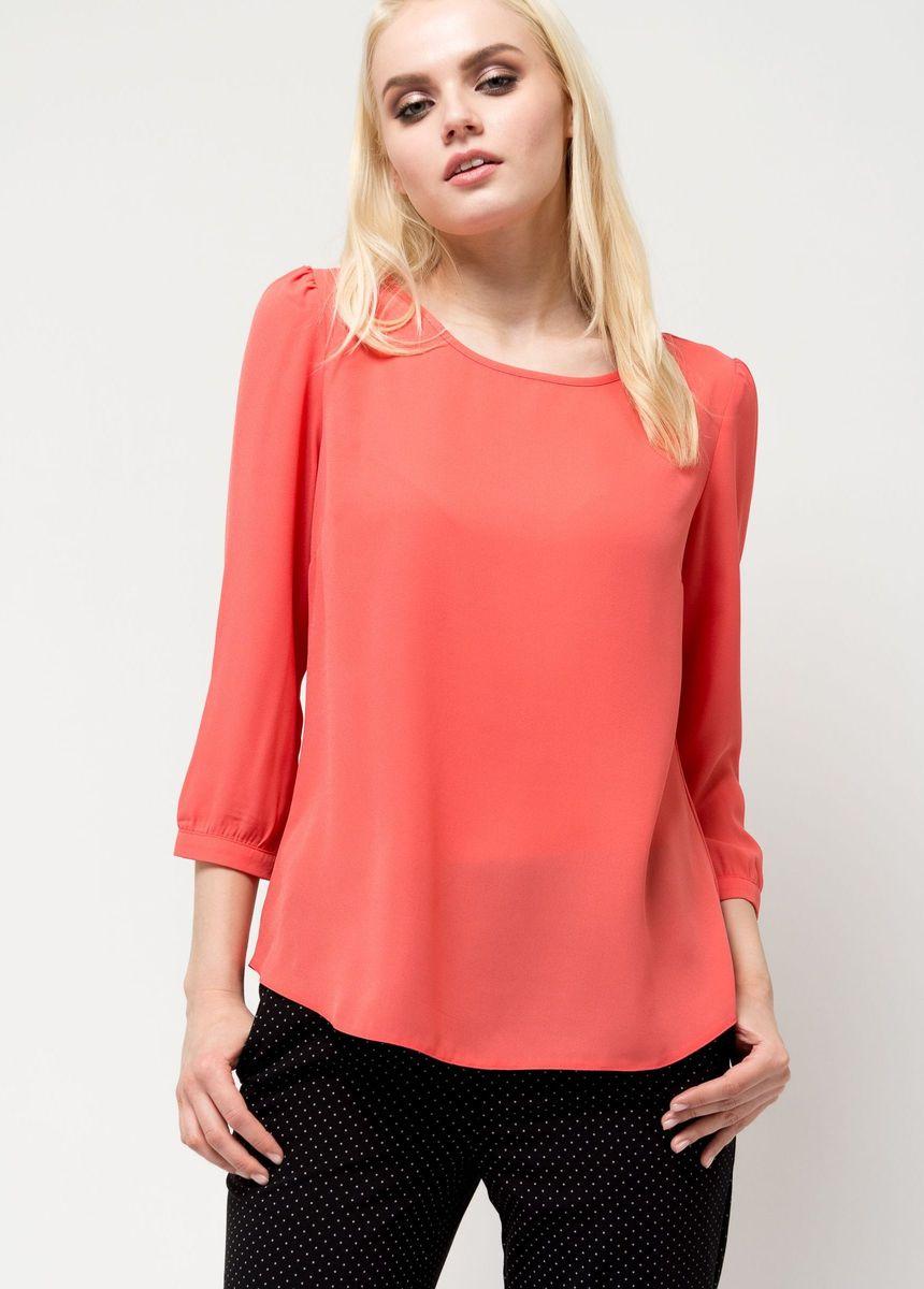 Блузка женская Sela, цвет: светло-красный. Tw-112/1173-7131. Размер 48Tw-112/1173-7131Лаконичная женская блузка Sela выполнена из тонкого легкого материала. Модель прямого кроя с круглым вырезом горловины подойдет для офиса, прогулок и дружеских встреч и будет отлично сочетаться с джинсами и брюками, и гармонично смотреться с юбками. Манжеты рукавов-фонариков дополнены пуговицами. Мягкая ткань на основе полиэстера комфортна и приятна на ощупь.