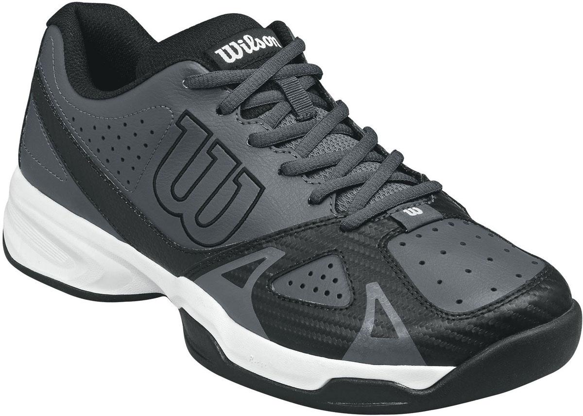 Кроссовки для тенниса мужские Wilson Rush Open 2.0, цвет: серый, черный. WRS322290. Размер 11,5 (45,5)WRS322290Классические теннисные кроссовки Wilson Rush Open 2.0 разработаны для спортсменов, предпочитающих агрессивную игру в основном на задней линии. Модель выполнена из искусственной кожи со вставками из дышащего текстиля, дополнена перфорированными элементами. Подкладка изготовлена из текстиля, стелька из ЭВА-материала с текстильным покрытием. Подошва с сочетанием мощного протектора Duralast и комбинации материалов разной плотности, оснащенатехнологией R-dst, а также технологией F.S. поддержки в передней части стопы.