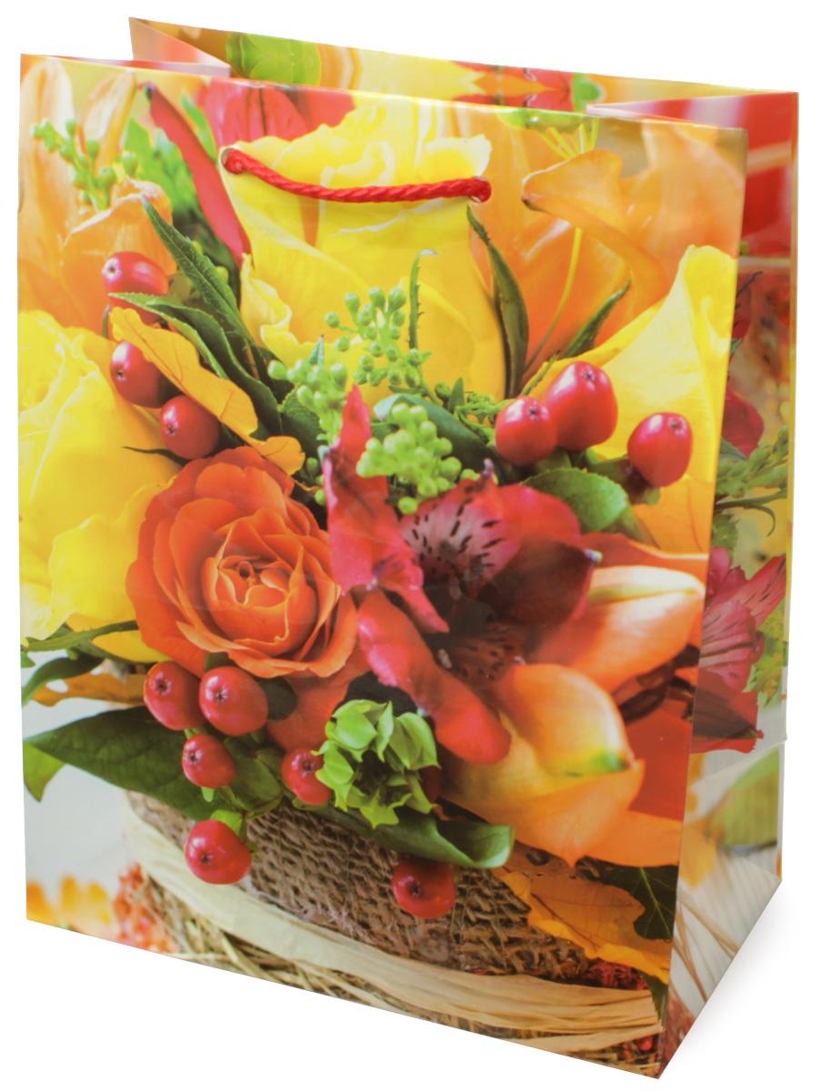 Пакет подарочный МегаМАГ Цветы, 18 х 22,7 х 10 см. H2. 2140 M2140 MПодарочный пакет МегаМАГ, изготовленный из плотной ламинированной бумаги, станет незаменимым дополнением к выбранному подарку. Для удобной переноски на пакете имеются ручки-шнурки.Подарок, преподнесенный в оригинальной упаковке, всегда будет самым эффектным и запоминающимся. Окружите близких людей вниманием и заботой, вручив презент в нарядном, праздничном оформлении.